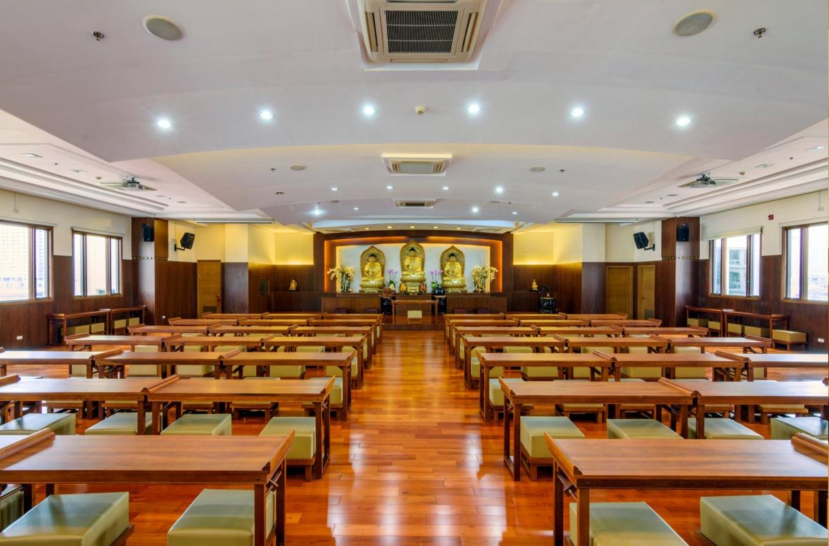 ASYA_fo-guang-shan-temple_interior_2