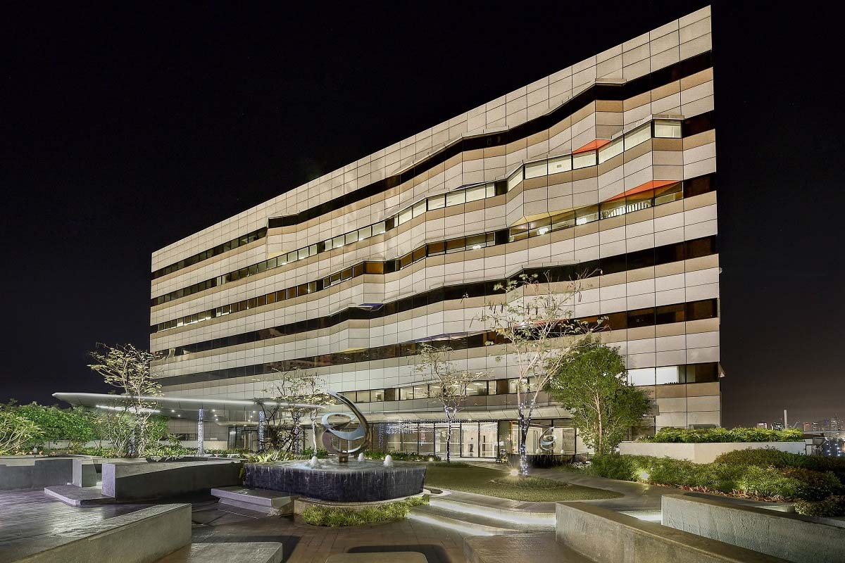 ASYA-Spark Place at Night